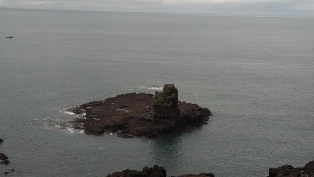 rock on island