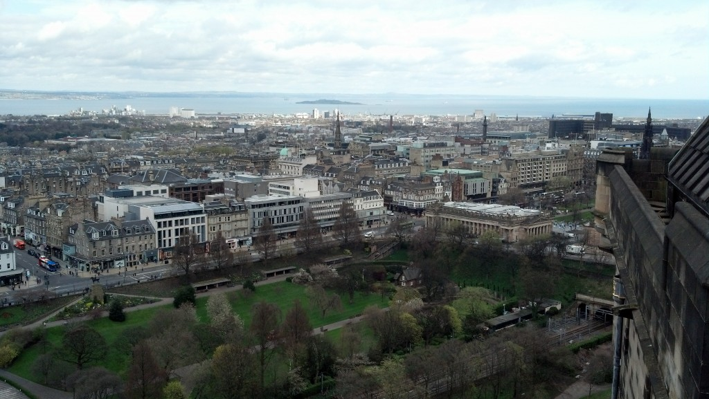 edinburgh-castle-city