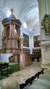 Inside Leon Cathedral