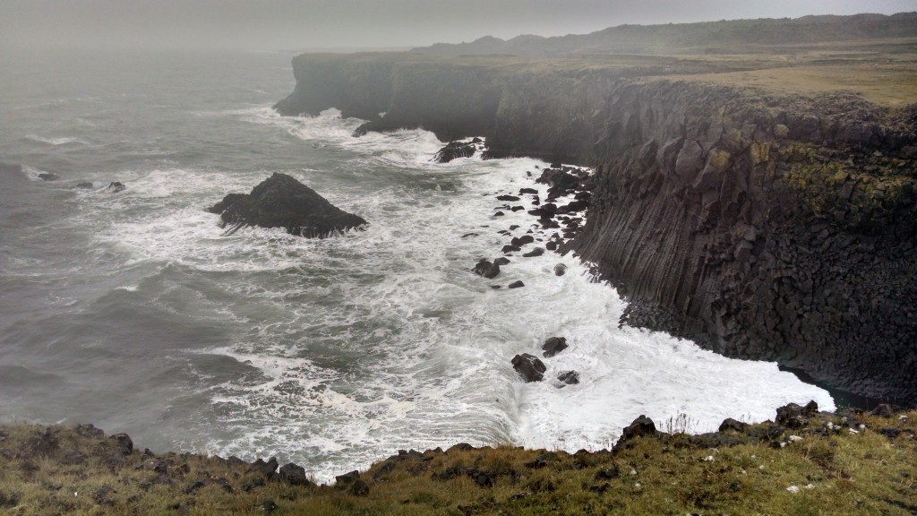 misty cliffs of not moher closer up