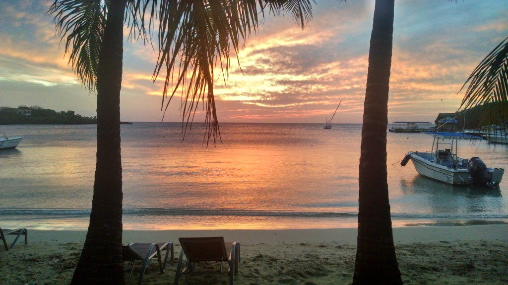 Sunset on Roatán